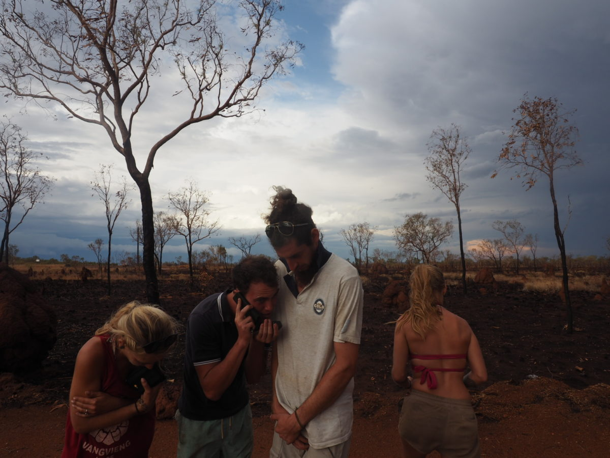 Tanami Road : Crossing The Desert